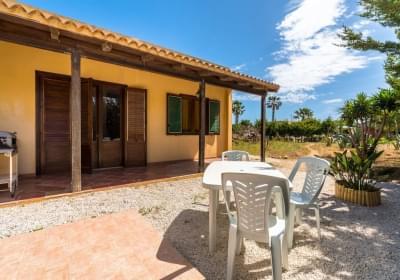 Casa Vacanze Villetta I Giardini Di San Vito Lo Capo Grecale House